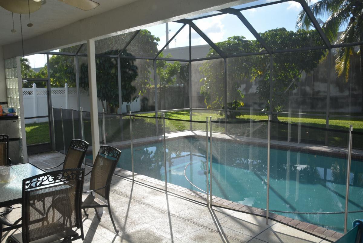 1599 SW 2nd St Boca Raton, FL 33486, USA