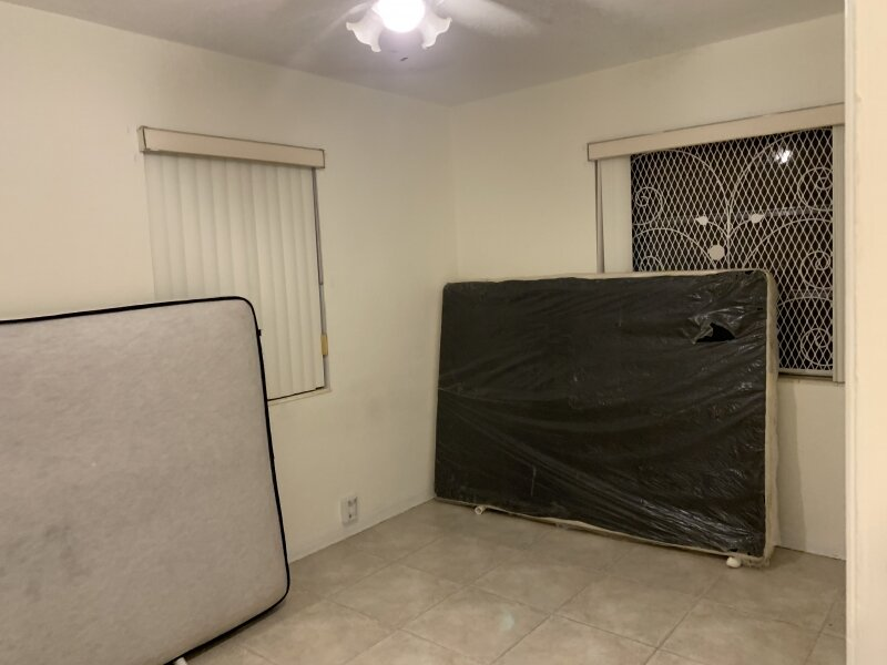 2543 Coolidge St Hollywood, FL 33020