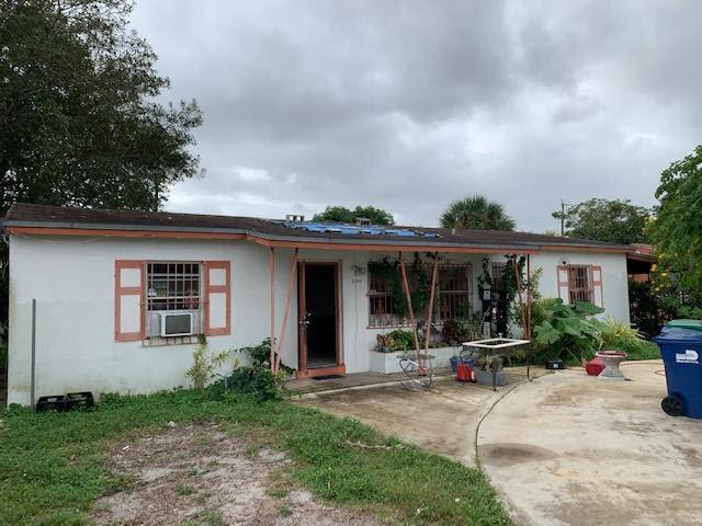 2740 NW 155th Terrace Opa-locka, FL 33054, USA