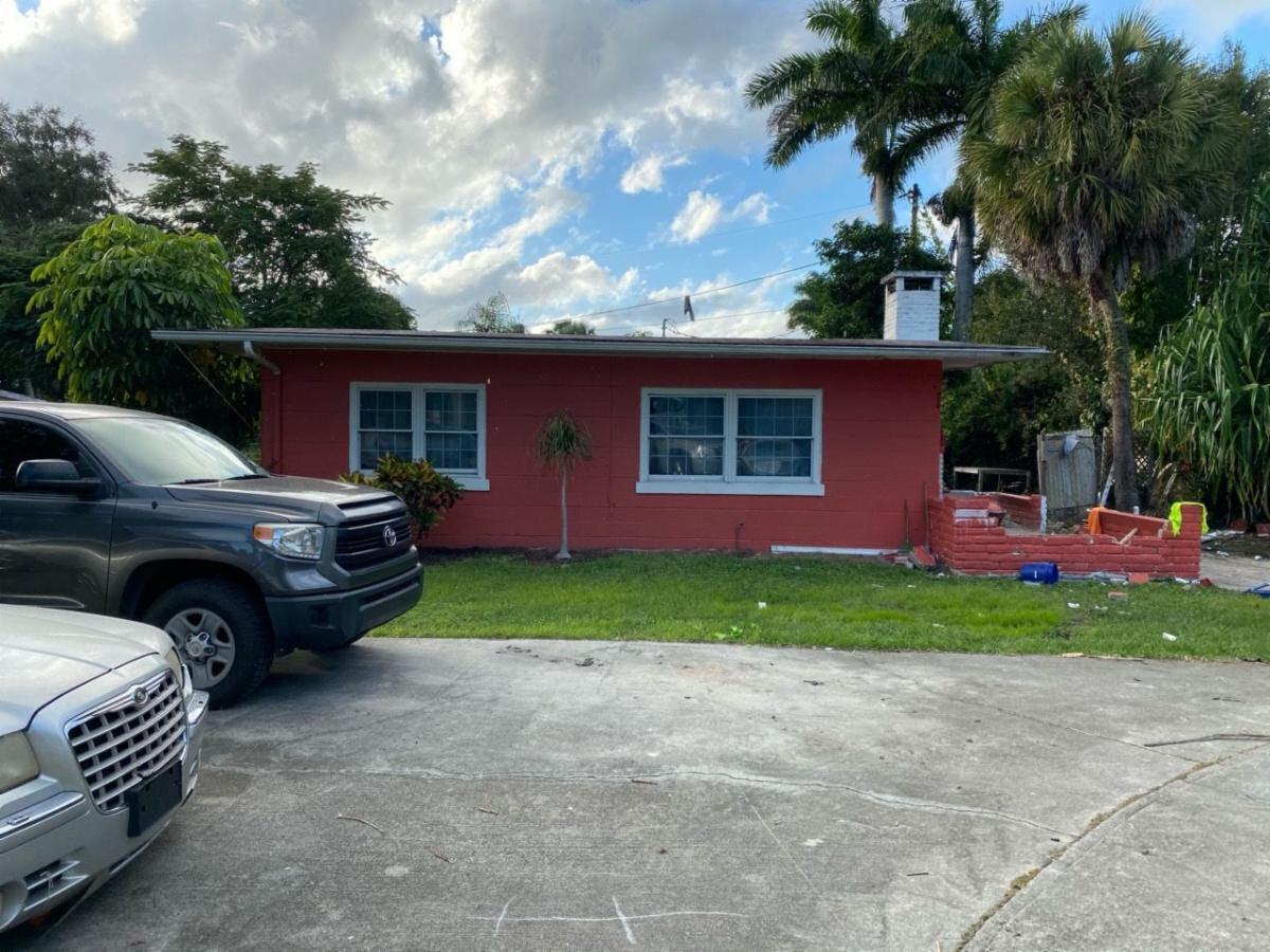4465 Birmingham St Fort Myers, FL 33905, USA