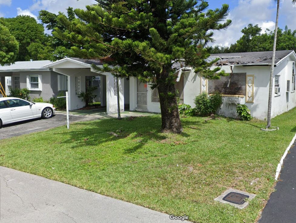 4999 NW 43 Ct., Lauderdale Lakes 33319