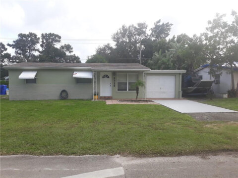 5720 Atlanta St Hollywood, FL 33021