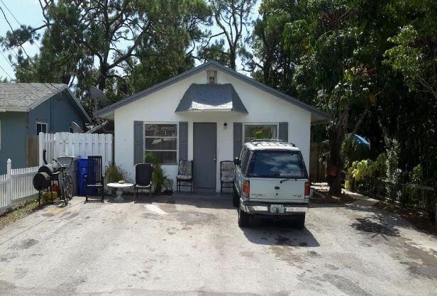 836 SW 13th Ct Pompano Beach, FL 33060, USA
