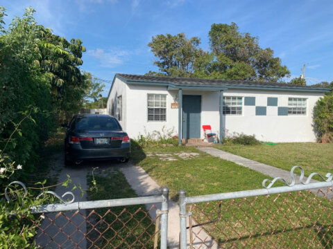 1064 W 27th St West Palm Beach, FL 33404, USA