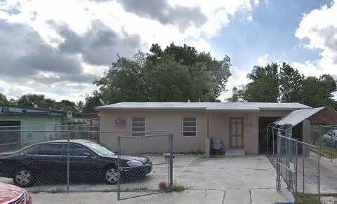 1298 NW 13th Ct Ft Lauderdale, FL 33311