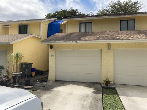 1611 Woodbridge Lakes Cir West Palm Beach, FL 33406, USA
