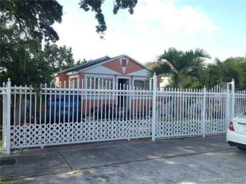 2270 NW 59th St Miami, FL 33142