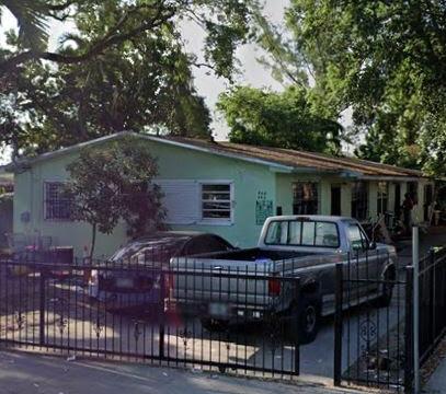 942 NW 80th St Miami, FL 33150