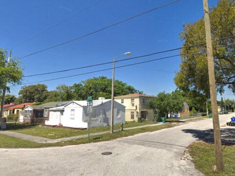 1301 NW 40th St Miami, FL 33142
