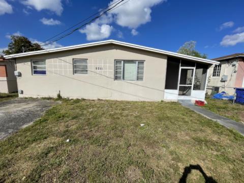 5311 SW 19th St West Park, FL 33023, USA