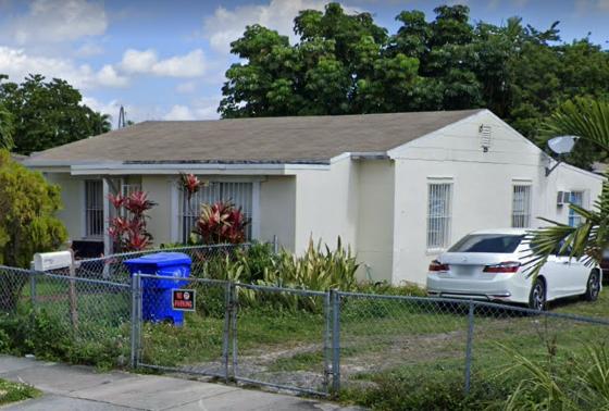 701 SW 64th Ct Miami, FL 33144, USA