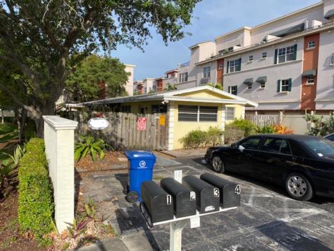 1019 NE 17th Terrace Fort Lauderdale, FL 33304, USA