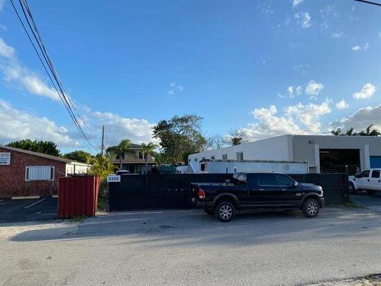 2226 Hayes St, Hollywood, FL 33020