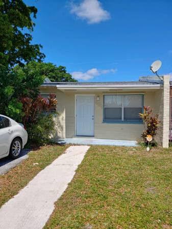 5511 SW 36th St West Park, FL 33023, USA