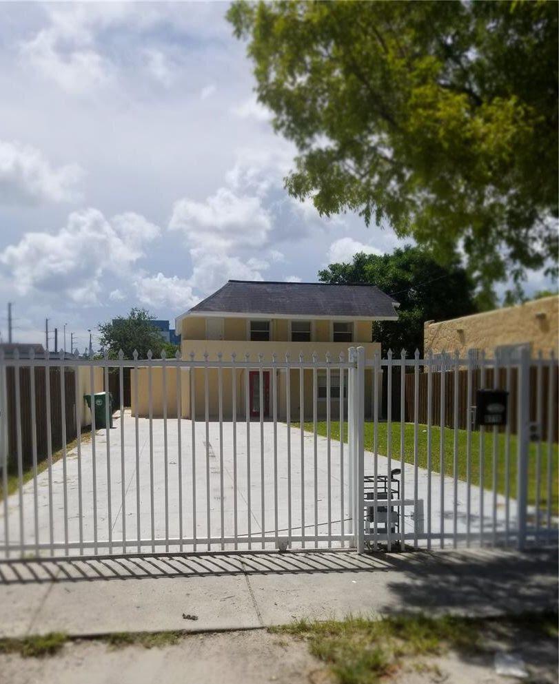 6716 Nw 6 Ave, Miami, FL 33150