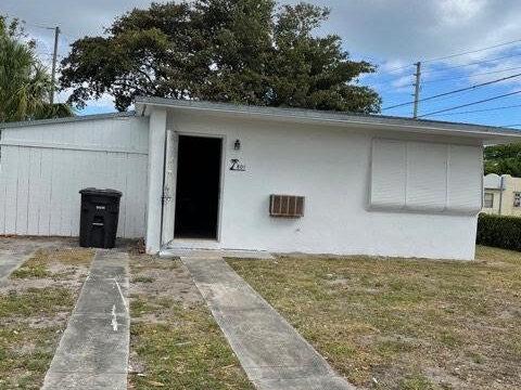 801 30th St West Palm Beach, FL 33407, USA