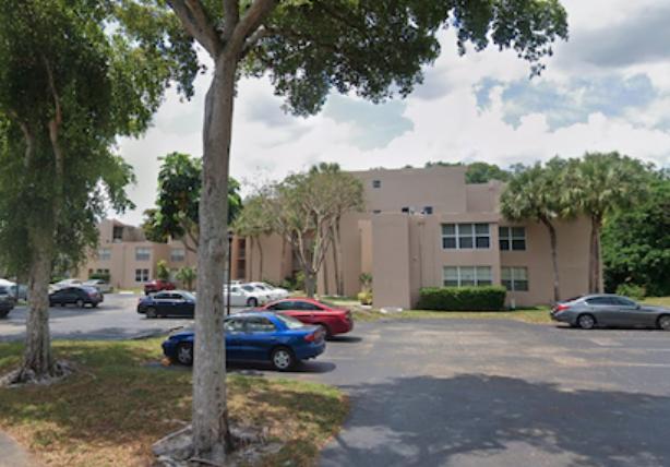 9431 Live Oak Pl APT 404 Davie, FL 33324, USA