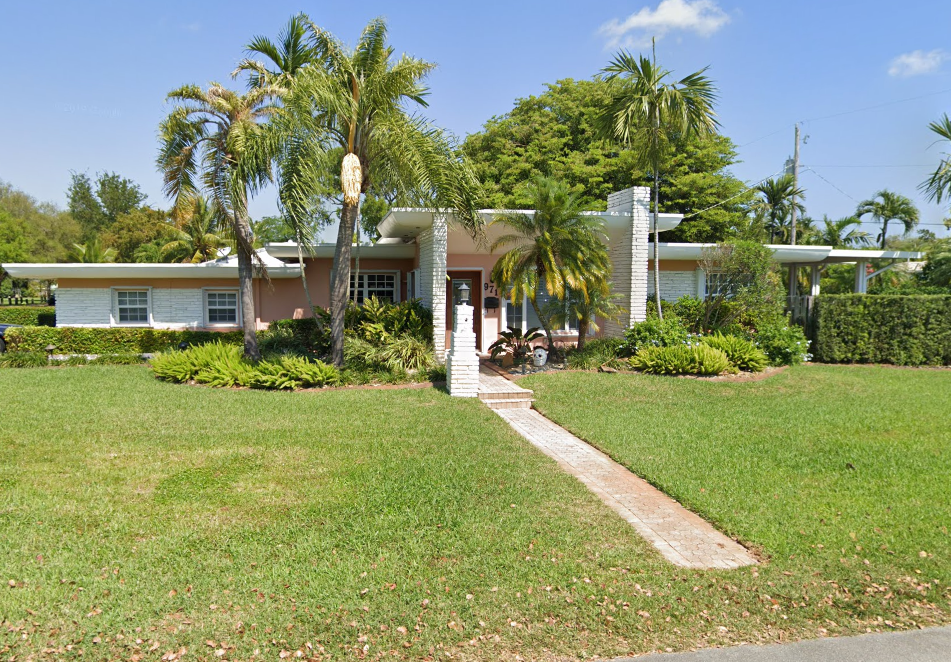 971 NE 113th St Biscayne Park, FL 33161, USA