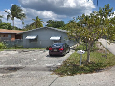 1100 NW 5th Ave Fort Lauderdale, FL 33311, USA