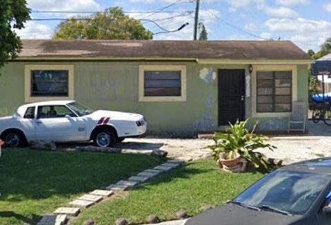 22200 SW 112th Pl Miami, FL 33170