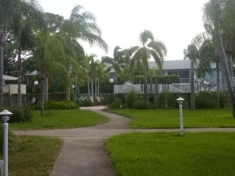 2420 SW 22nd Ave APT 610 Delray Beach, FL 33445, USA