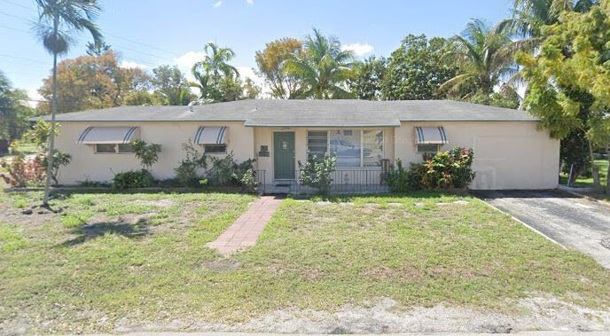 2802 Jackson St Hollywood, FL 33020, USA