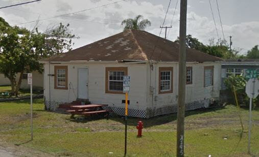 724 NW 16th St Belle Glade, FL 33430, USA
