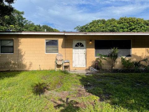 212 N 41st St Fort Pierce, FL 34947, USA