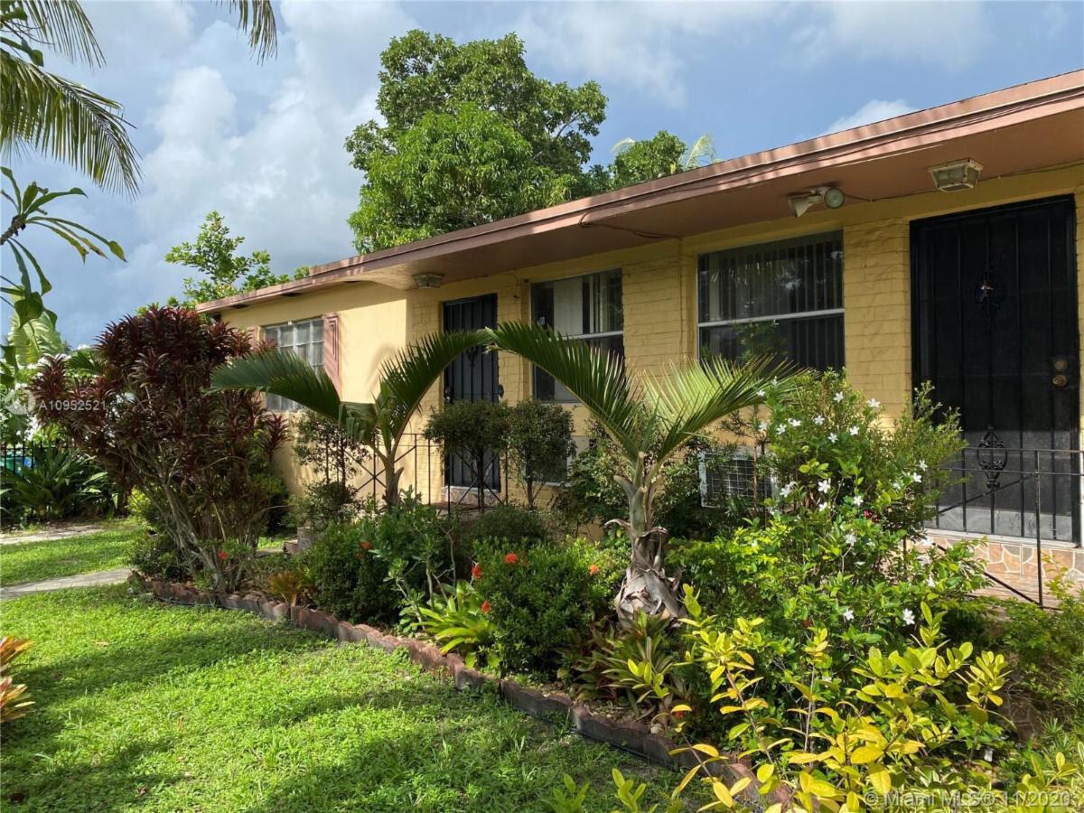 335 NE 110th Terrace Miami, FL 33161, USA
