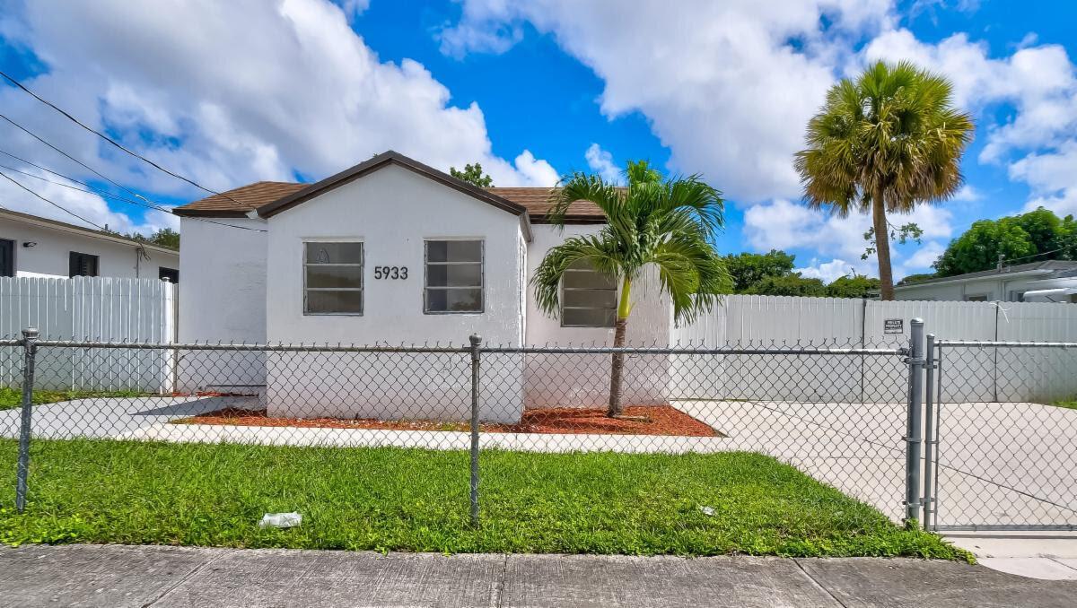 5933 NW 21st Ave Miami, FL 33142, USA