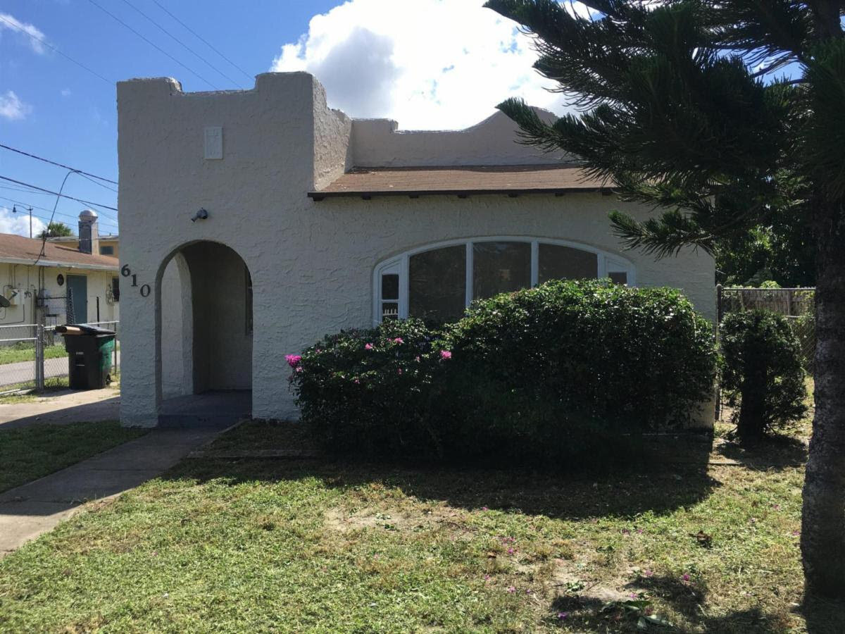 610 32nd St West Palm Beach, FL 33407