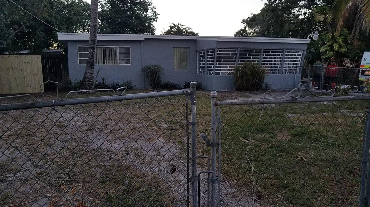 12920 Westview Dr Miami, FL 33167