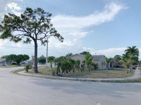 1901 NW 5th Way Pompano Beach, FL 33060