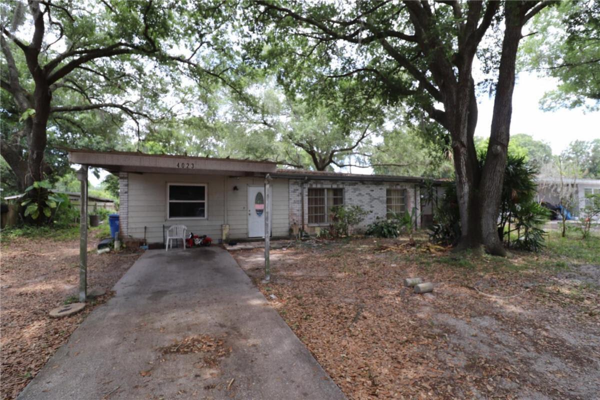 2109 E Bougainvillea Ave Tampa, FL 33612, USA