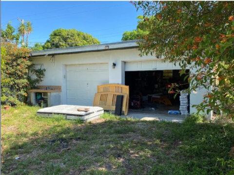 275 E 45th St Hialeah, FL 33013