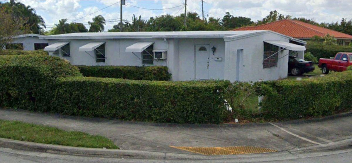 4400 SW 97th Ave Miami, FL 33165