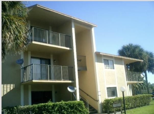9491 Palm Cir S, Pembroke Pines, FL 33025, USA