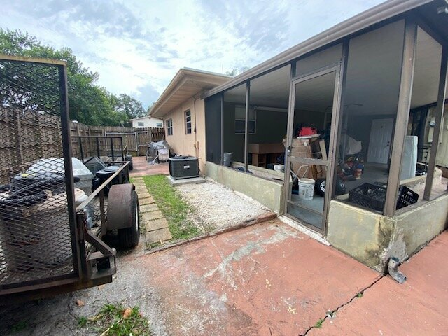 2637 SW 50th St, Fort Lauderdale, FL 33312, USA 2