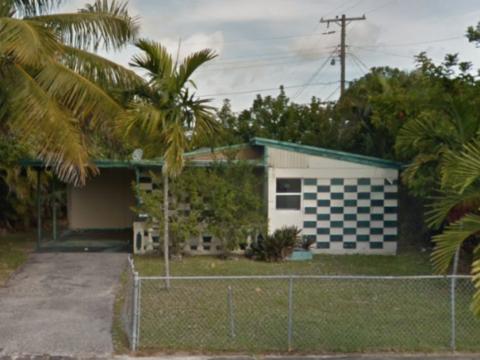 5285 Harriet Pl, West Palm Beach, FL 33407