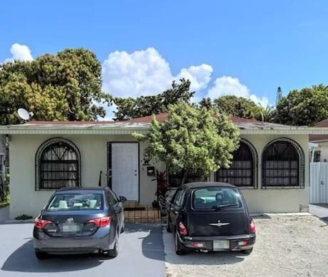 201 NW 25th Ave, Miami, FL 33125, USA