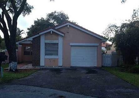 6220 NW 179th Terrace Hialeah, FL 33015, USA