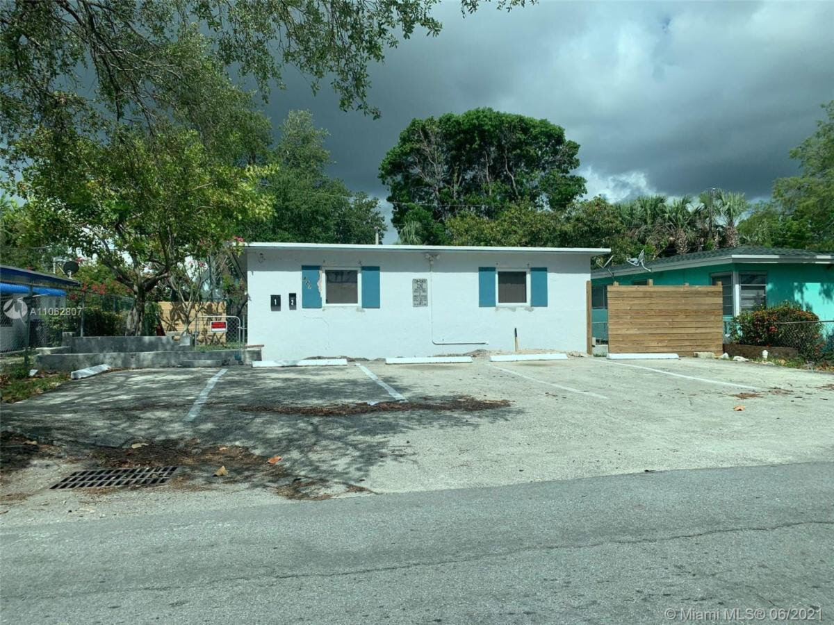 827 NW 12th Ave, Fort Lauderdale, FL 33311, USA 1