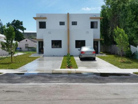 1729 NW 51st Terrace, Miami, FL 33142, USA