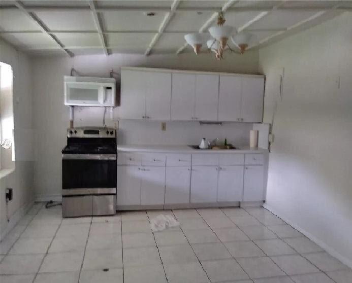 4518 NW 10th Ave Miami, FL 33127