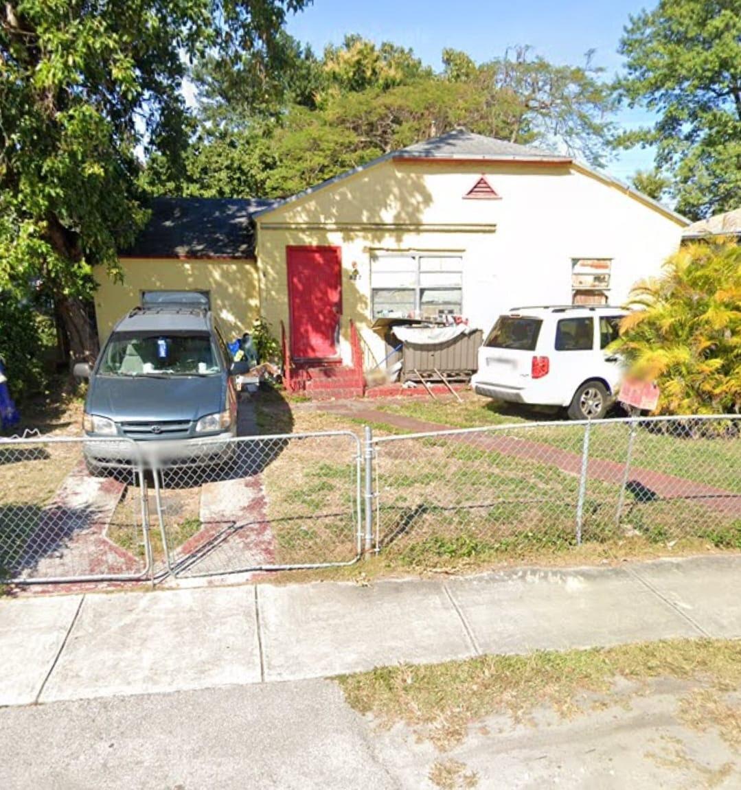 827 SW 63rd street, Miami, FL 33150