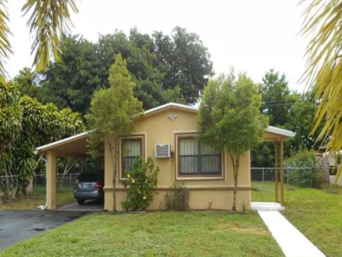 840 NW 33rd Way, Fort Lauderdale, FL 33311