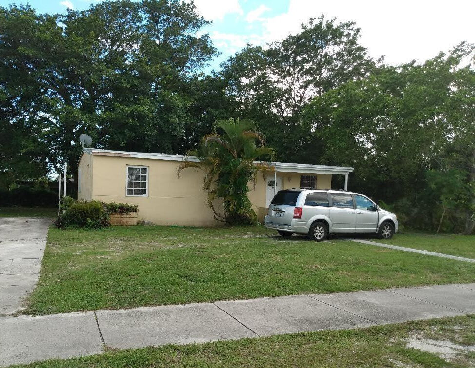 1800 NW 127 St, Miami, FL 33167