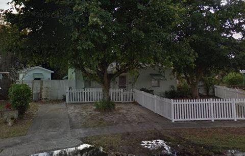 2368 Seminole Blvd, West Palm Beach, FL 33409