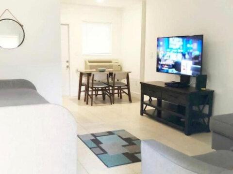 2933 Sw 1st Avenue, Miami, FL 33129 2