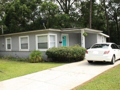 3816 Spring Park Rd, Jacksonville, FL 32207